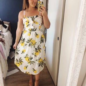 MOON RIVER Lemon Print Midi Dress